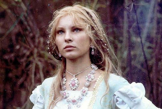 Adriana v pohádce Král Drozdí brada.