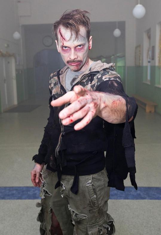 Ač to tak nevypadá, hraje Jan Révai v Gymplu tělocvikáře.