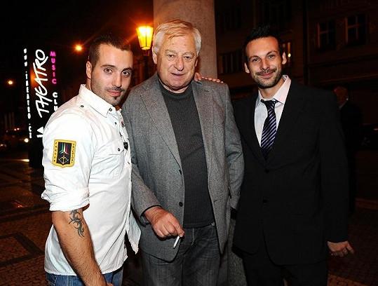 S otcem Václavem Bártou a bratrem Štěpánem.