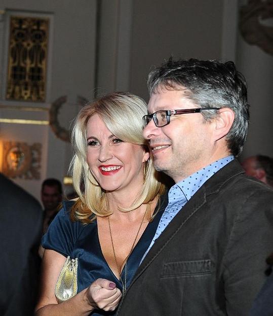 Vendula je šťastná s novým partnerem Vladimírem Waasem.