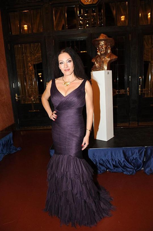Slovenská zpěvačka Katarína Hasprová se jako jedna z mála vyfikla.