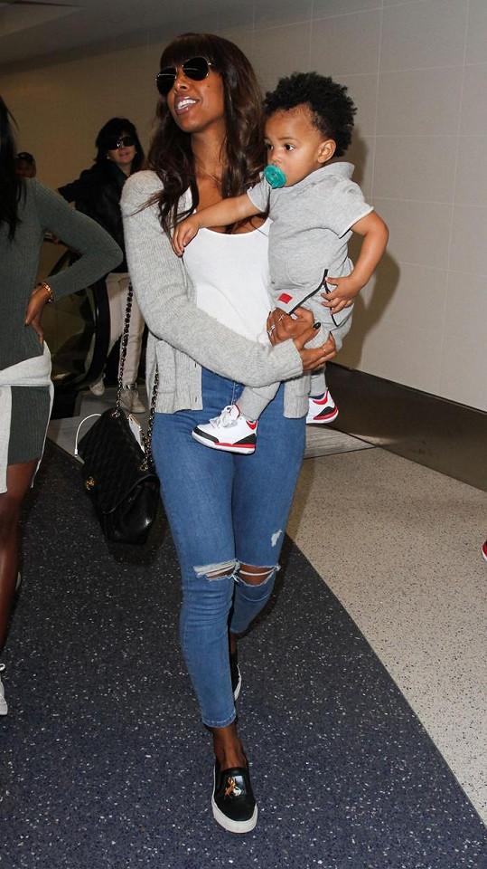 Kelly Rowland si letos s nakupováním dárků nedělá starosti.