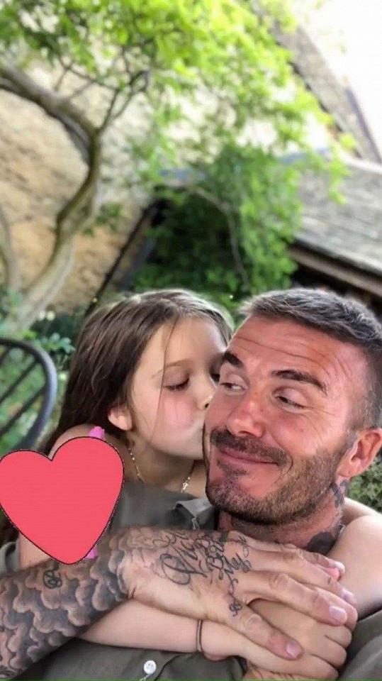 S dcerkou má David hezký vztah.
