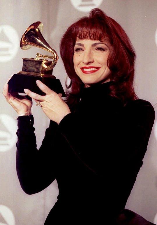 Gloria Estefan posbírala tři ceny Grammy. (foto z roku 2003)