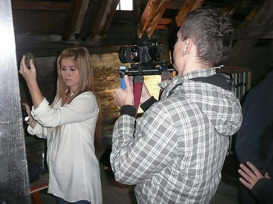 Elis při natáčení.