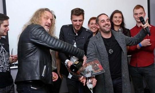Petr pokřtil svůj nový singl a videoklip.