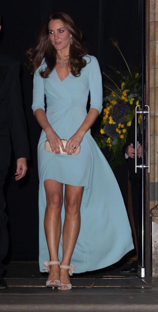 Vévodkyně je během svého druhého těhotenství velmi štíhlá.