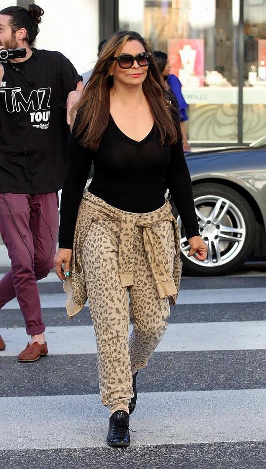 Tina Knowles je atraktivní i v civilu.