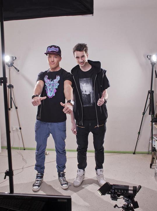 David Bisek s rapperskou hvězdou Johnym Machettem.