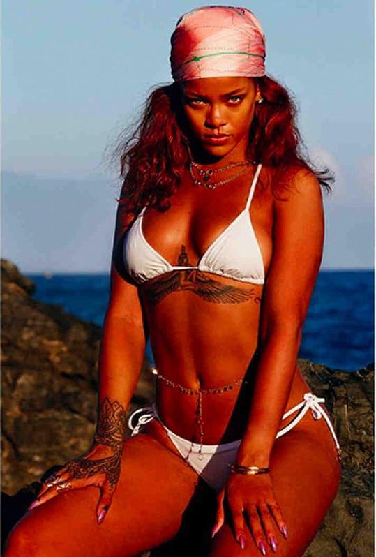 Rihanna se pochlubila fotkami z dovolené na Havaji.