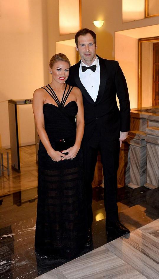 Petr Čech s manželkou Martinou na Pražském hradě