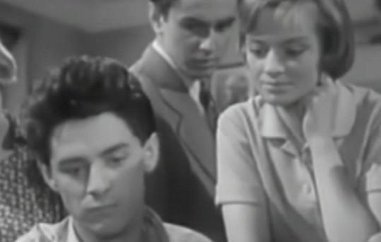 Ivan Mistrík a Jana Brejchová ve filmu Vyšší princip (1960).