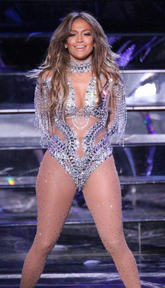 Jennifer Lopez ve svém ikonickém kostýmu