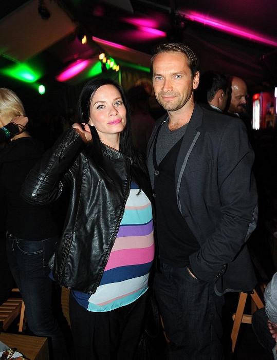 Jan Révai s manželkou Zuzanou na párty.