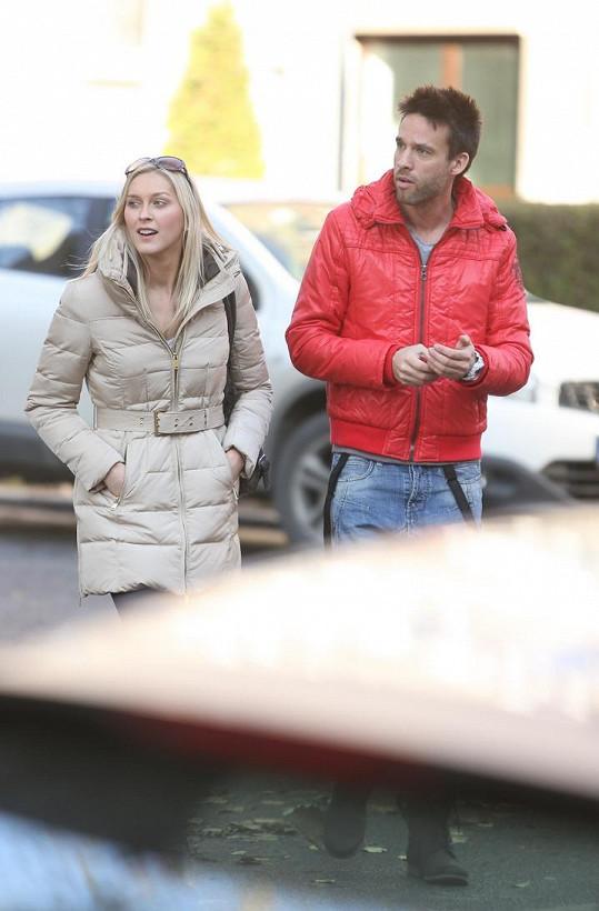 Zorka a Roman při odchodu z jednání ohledně SuperStar.