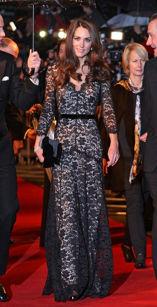 Kate má šaty od Alice Temperley v oblibě.