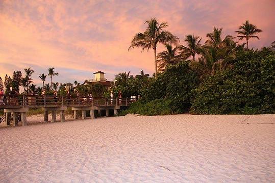 Západ slunce je na Floridě nádherný.
