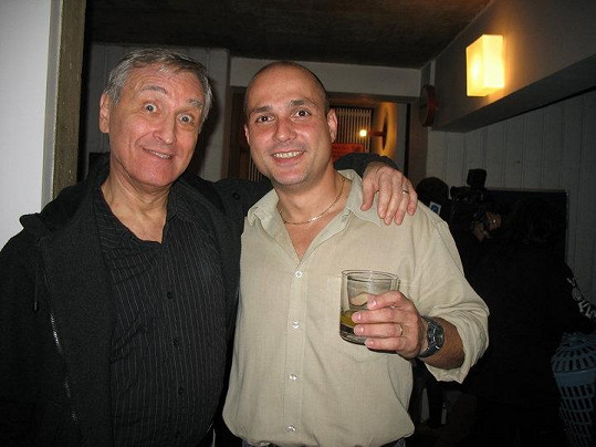 Herec Dušan Cinkota je ve společnosti oblíbený.