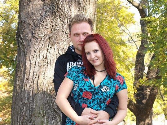 Bára se svým bývalým přítelem Tomášem.