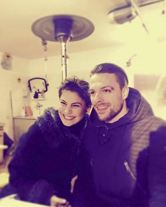 Vlaďka je zamilovaná do hokejisty Michala Gulašiho.