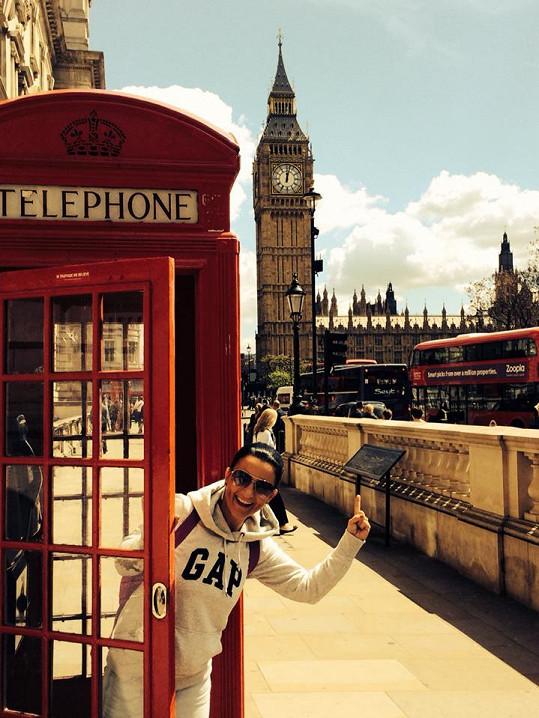 Bára Kozáková si užívá nákupů a památek v Londýně.