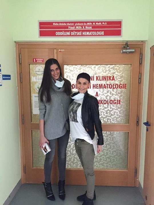 Hokejista Gulaši před Vlaďkou chodil s modelkou Anetou Vignerovou.
