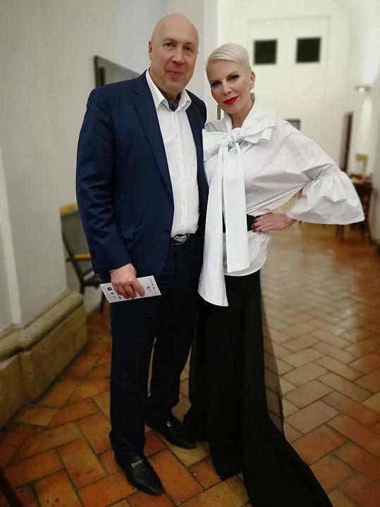 Z Kornové byl nadšený i starosta Prahy 1 Oldřich Lomecký, který ji pozval na páteční ples.