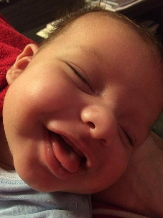 Andrea miluje, když se směje.