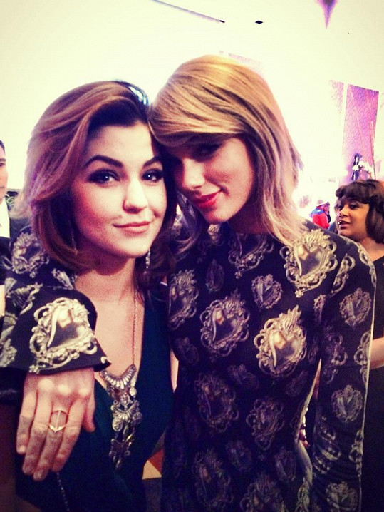Celeste Buckingham s Taylor Swift