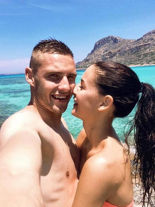 Tereza Chlebovská a Pavel Kadeřábek si plnými doušky užívají zaslouženou dovolenou.