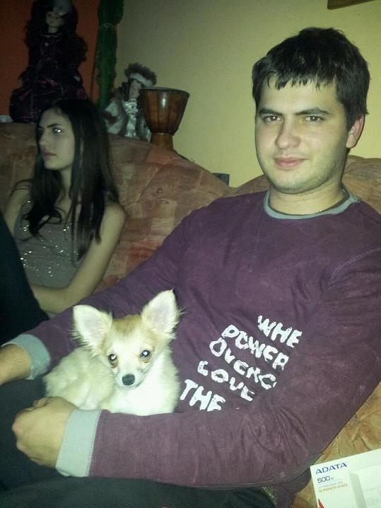 Čivavu dostala i Eliščina rodina.