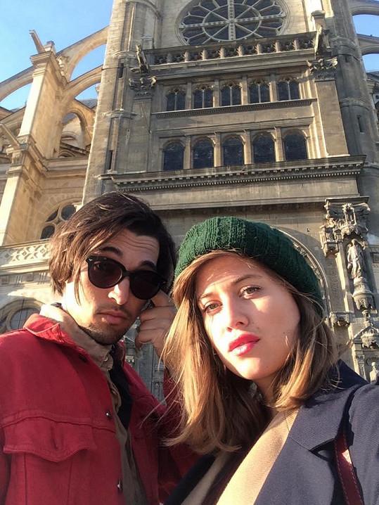 Cestovatelé Jordan a Emma