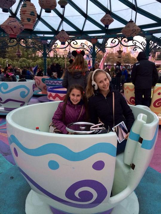 Holky si Disneyland užily.