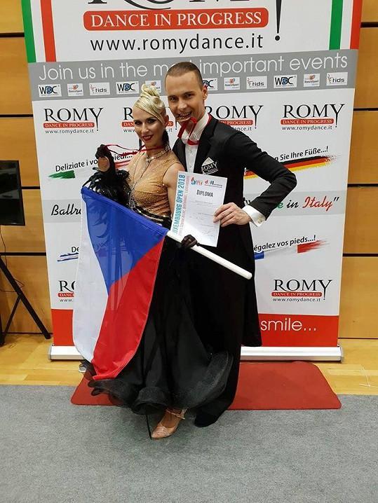 Michal se svou taneční partnerkou Šárkou
