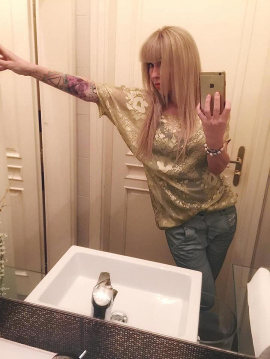 Kateřina Kaira Hrachovcová se pochlubila zajímavým tetováním.