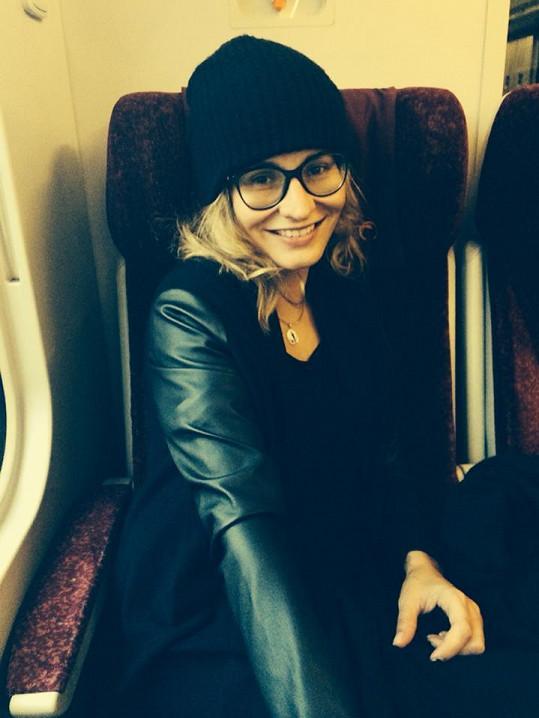 Monika dojíždí za svým milým vlakem až do Žiliny.