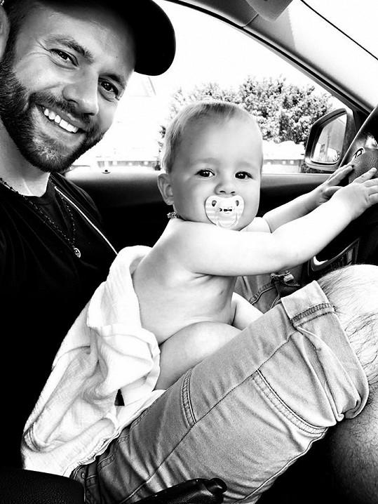 Michael Foret s devítiměsíčním synem Timem