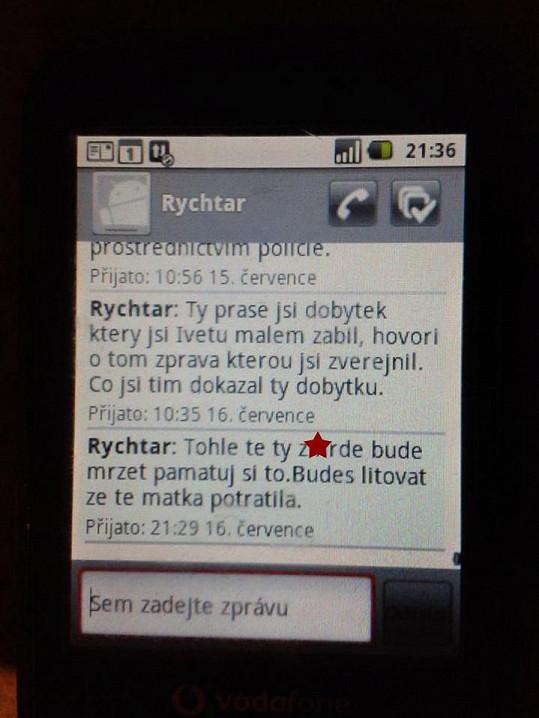 Milostná poezie Josefa Rychtáře? Tohle napsal Zdeňku Macurovi.