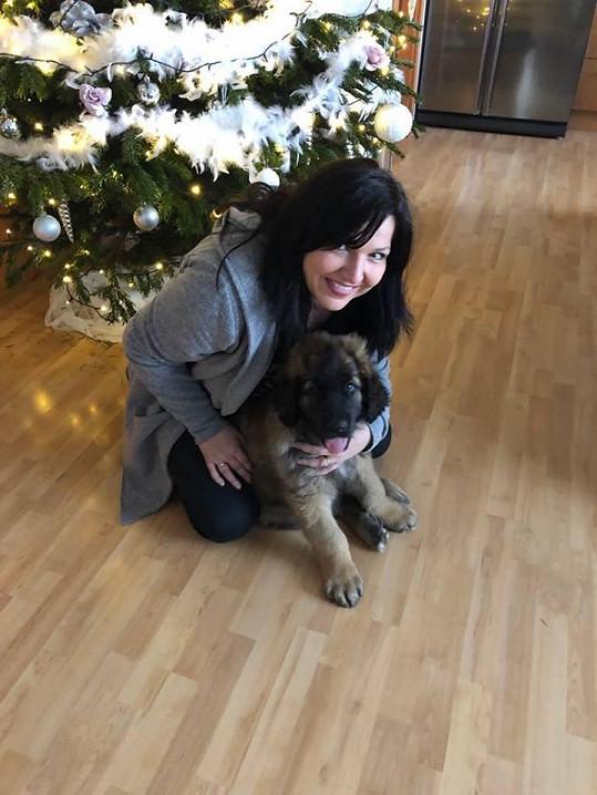 S novým psím miláčkem, pejskem Leonem