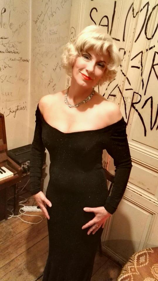 Renata na svém domovském pódiu vystoupí opět v úterý 29. března se svým vlastním šansonovým recitálem.