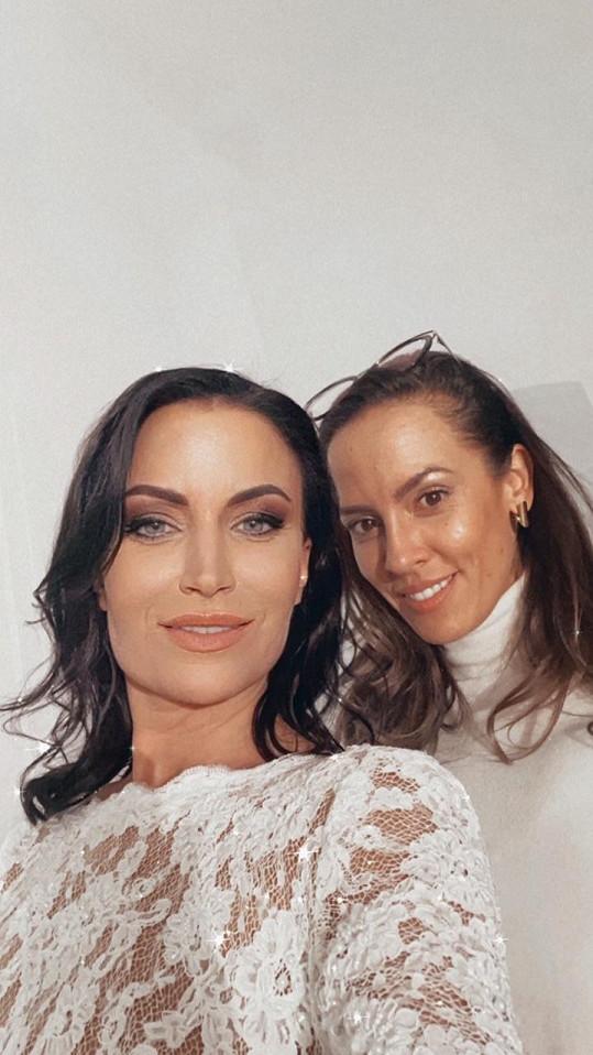 Make-up a vlasy měla na starost Aneta Hiršlová.