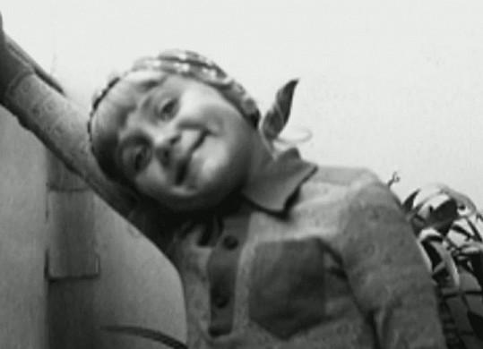 Takto vypadala Ester Janečková v dětství.
