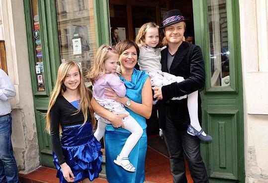 Pavel s rodinou.