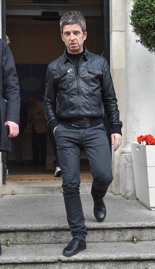 Noel Gallagher má dost života v Londýně.