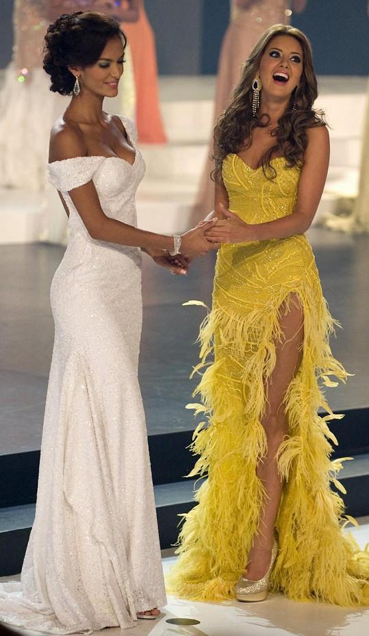 Daniella Alvarez je vítězkou Miss Kolumbie 2011 (vpravo).