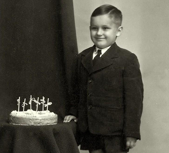 Archivní fotografie z oslavy Robertových šestých narozenin.