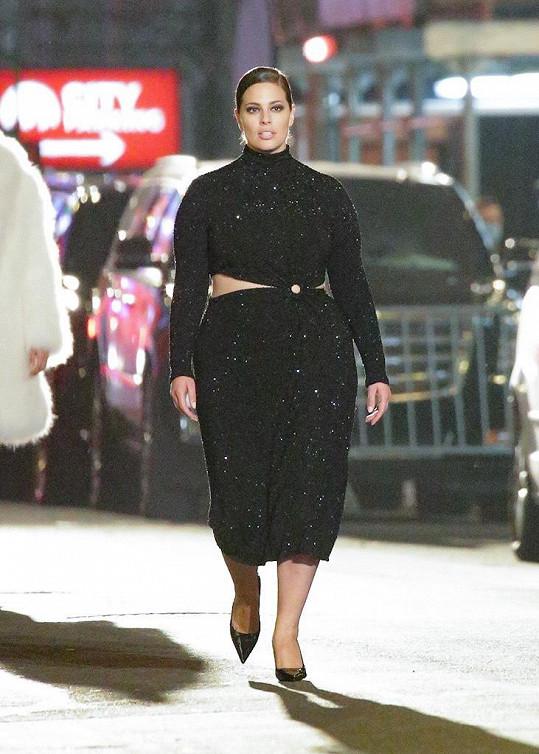 Nedávno šla přehlídku Michaela Korse na Times Square.