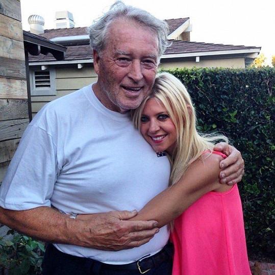 Tara Reid nesla smrt otce Thomase velmi těžce.
