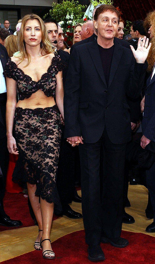 Mills v době manželství s hudebníkem Paulem McCartneym (2002)