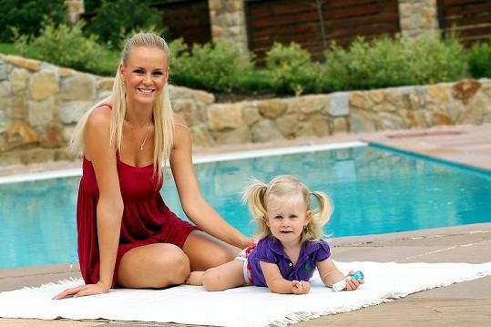Deniska je krásná po mamince.